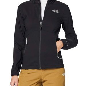 The North Face Women's Windwall size m